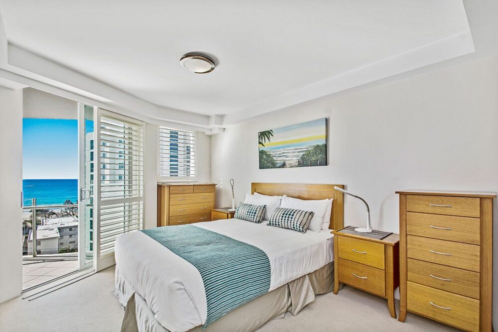 2_5-bed-maroochydore-accommodation-1200-11