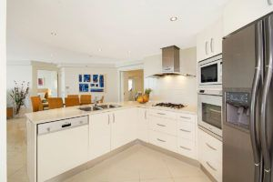 2_5-bed-maroochydore-accommodation-1200-4