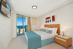 2_5-bed-maroochydore-accommodation-1200-5