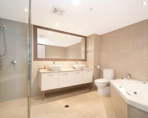 3_5-bed-maroochydore-accommodation-1200-1