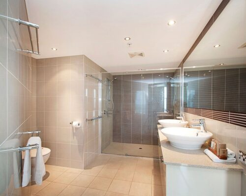 3_5-bed-maroochydore-accommodation-1200-5